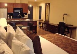 Ocean-Promenade-Hotel-Rooms